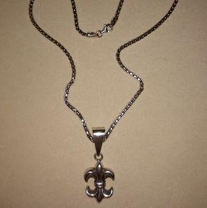 925 Silver Fleur di lis necklace